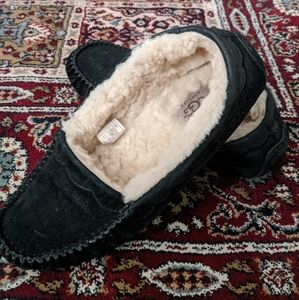 UGG House Shoes/Slippers